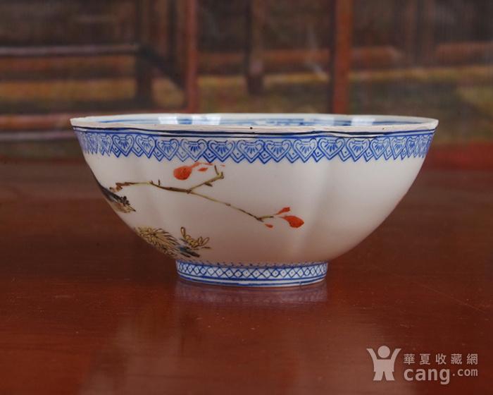 景德镇文革老厂货瓷 精品收藏 全手工彩绘菊苑芳华图薄胎碗图3
