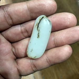 最适合包金子的籽料,长条形,玉质细腻高密超润。