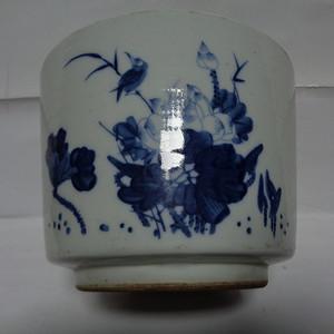 青花虾纹香炉