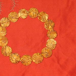 清代自然材质雕花老手串