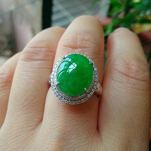 18k冰种冰种辣绿蛋型戒指