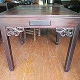龙头插角红酸枝方桌