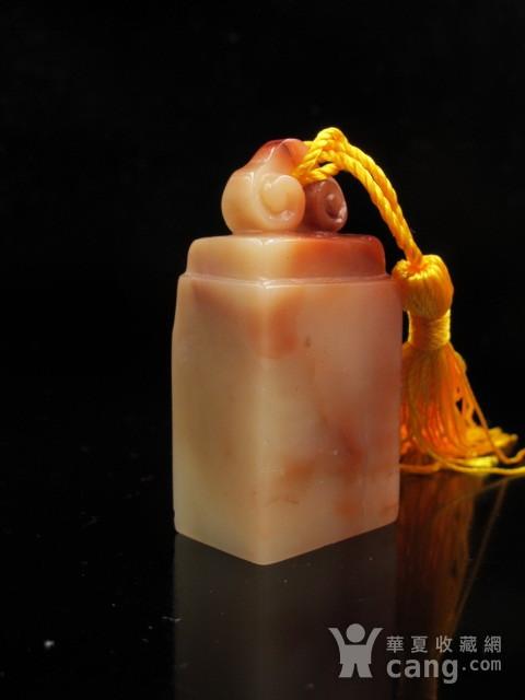 精品 寿山结晶老性红白芙蓉冻石如意钮图2