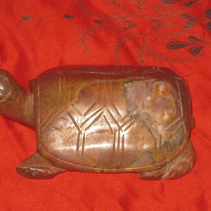 近代朱砂红玛瑙龟形镇纸