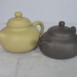 两个精美紫砂壶