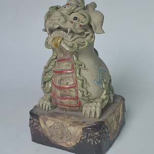 石湾窑瓷塑貔貅
