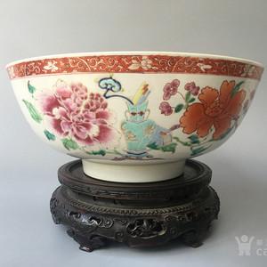 清雍正 粉彩牡丹富贵图纹巨大碗