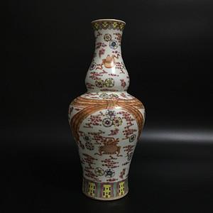 暗八仙花瓶