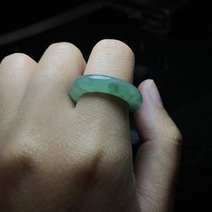 精品 创汇期老翡翠元宝戒指一枚