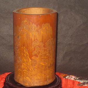 清代竹雕名家芝山精刻竹雕留黄山水人物笔筒