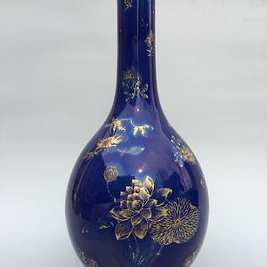 清乾隆 霁蓝釉描金大胆瓶