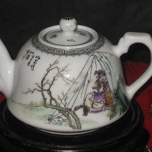 民国名家涂竹庄粉彩木兰从军精品茶壶