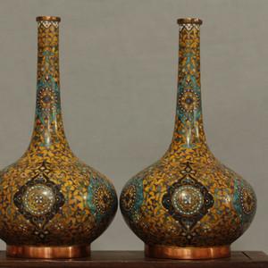 铜胎掐丝天球瓶一对