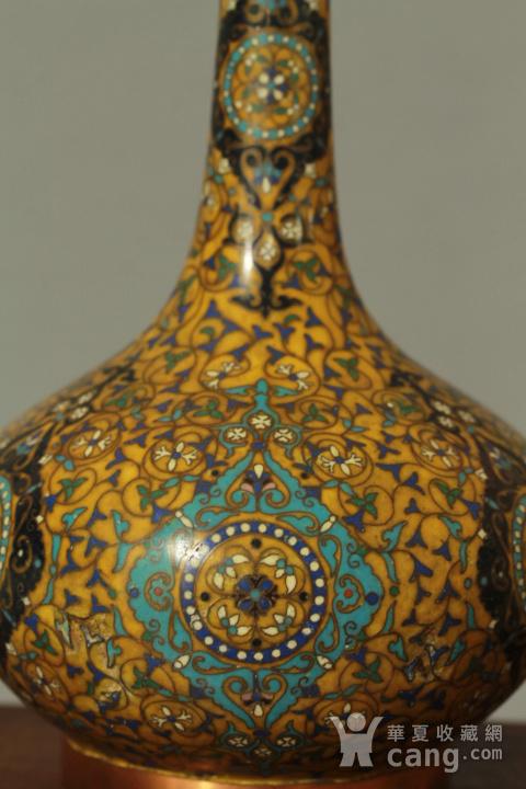 铜胎掐丝天球瓶一对图9