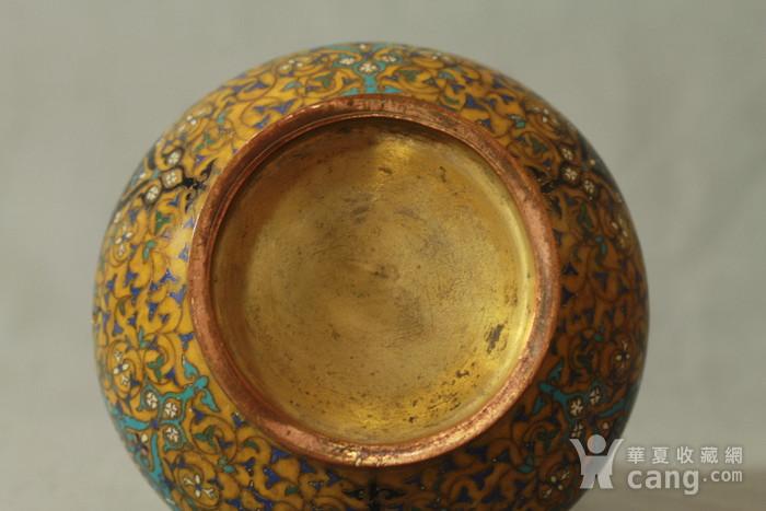 铜胎掐丝天球瓶一对图12