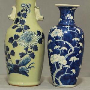 晚清青花瓶两个