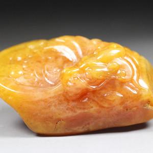 珍品  顶级田黄冻石圆雕《鳌龙》手件