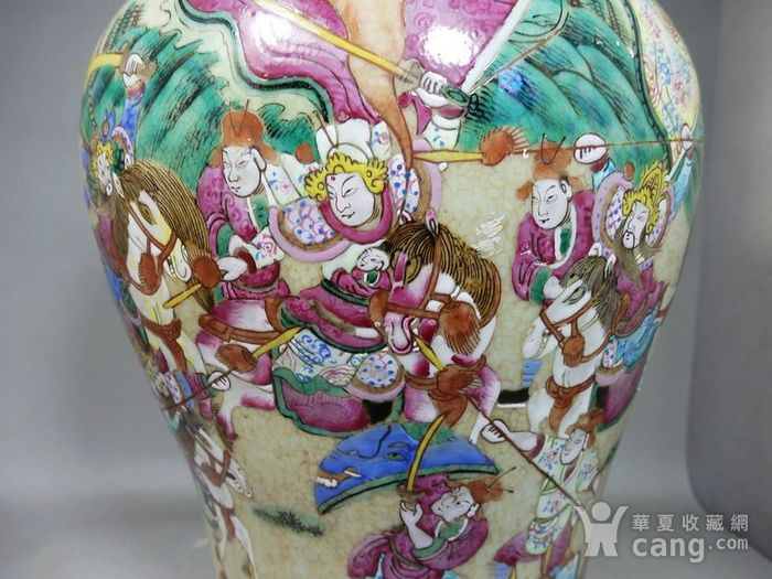 清代大号哥釉五彩三国人物绘画赏瓶图5