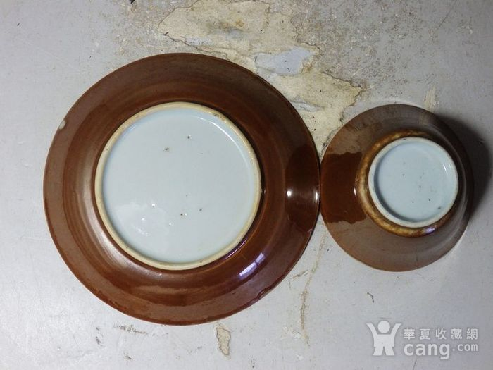 康熙紫金釉青花鱼藻绘画杯碟一套图5