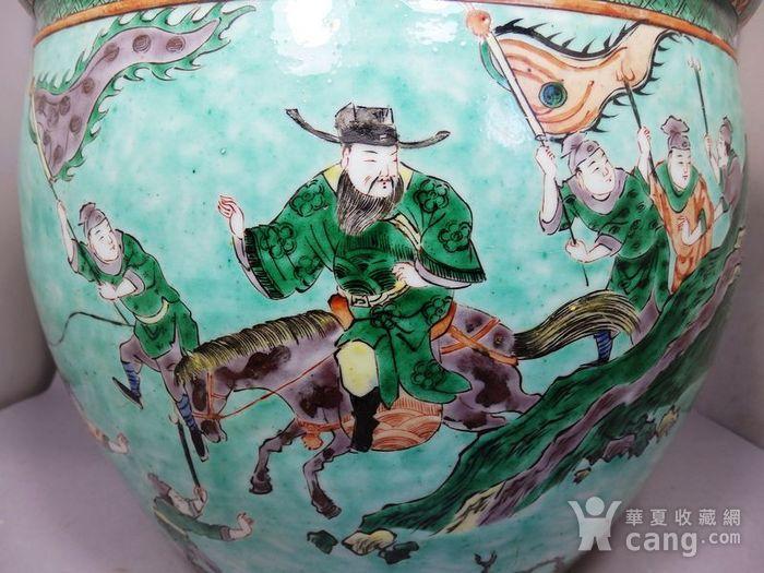 清代绿地五彩人物绘画卷缸图5
