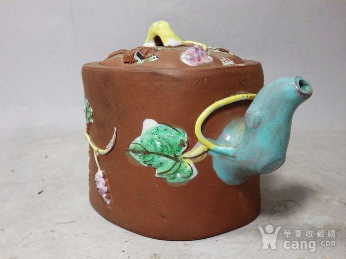 清代紫砂加彩松鼠堆塑执壶图3