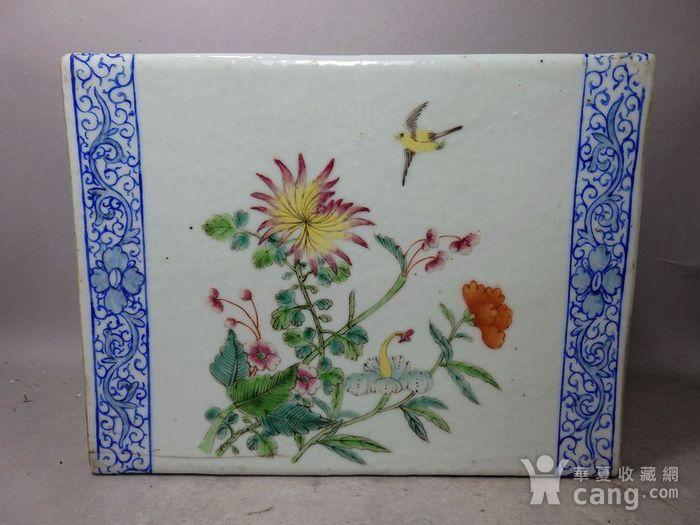 清代粉彩花鸟绘画瓷枕图3