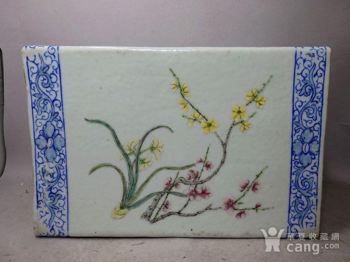 清代粉彩花鸟绘画瓷枕图4