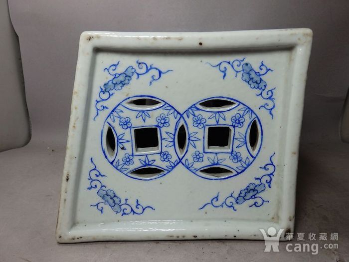 清代粉彩花鸟绘画瓷枕图8