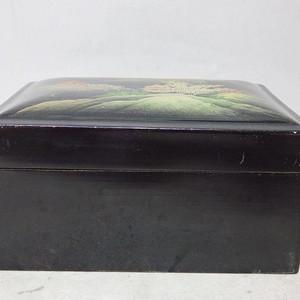 清代漆器山水绘画四方盖盒