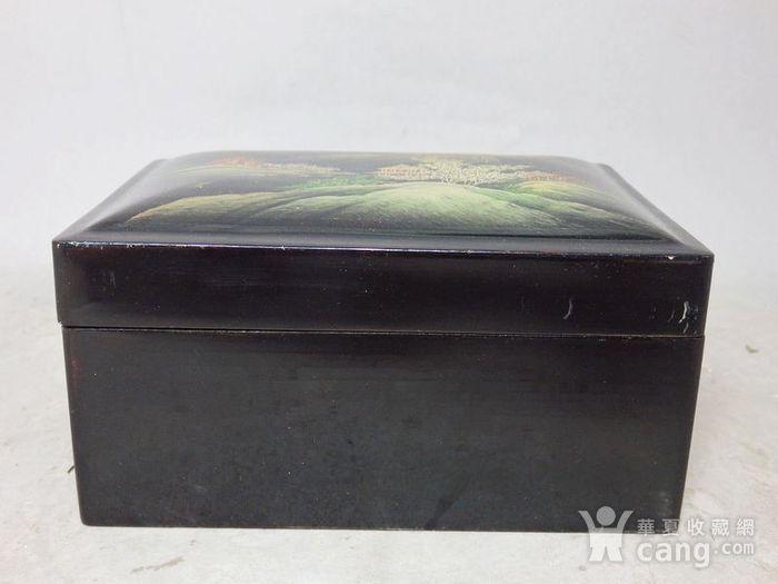 清代漆器山水绘画四方盖盒图1