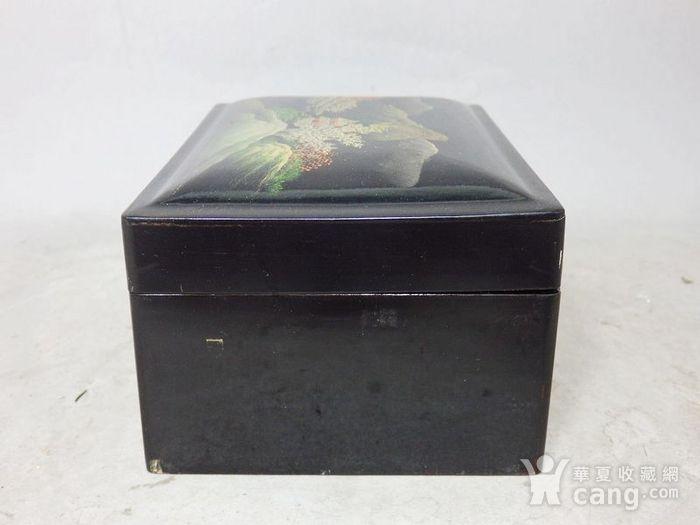 清代漆器山水绘画四方盖盒图2