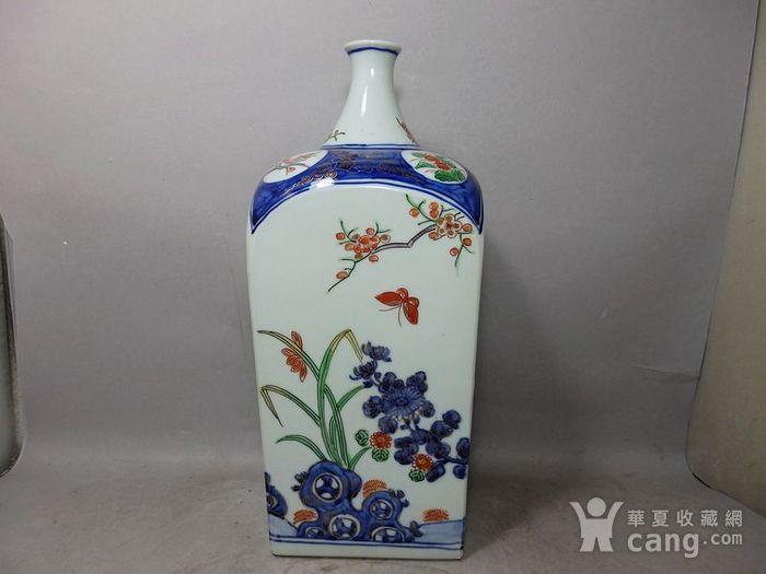清代青花加彩花卉绘画天圆地方瓶图4
