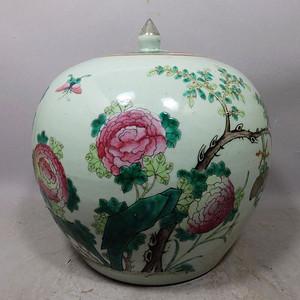 同治粉彩花卉绘画西瓜罐