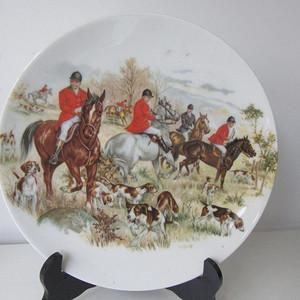 二十世纪初欧洲名瓷:英国王室贵族守猎图大盘11