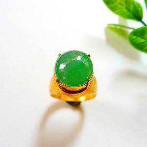 金牌   自然光实拍!天然A货好种阳绿戒指