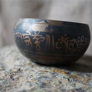 旧铜碗器皿