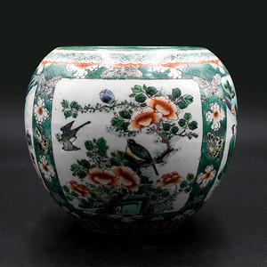 金牌 清代人物故事粉彩陶瓷罐