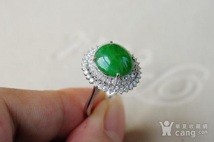 天然A货翡翠18K金冰种艳绿蛋面钻石戒指1945图6