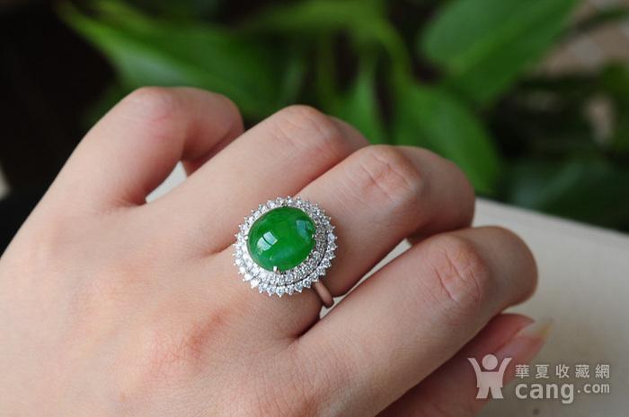 天然A货翡翠18K金冰种艳绿蛋面钻石戒指1945图5