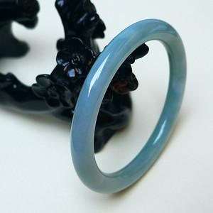 冰润水蓝圆条手镯