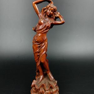 回流黄杨木雕美女人物摆件