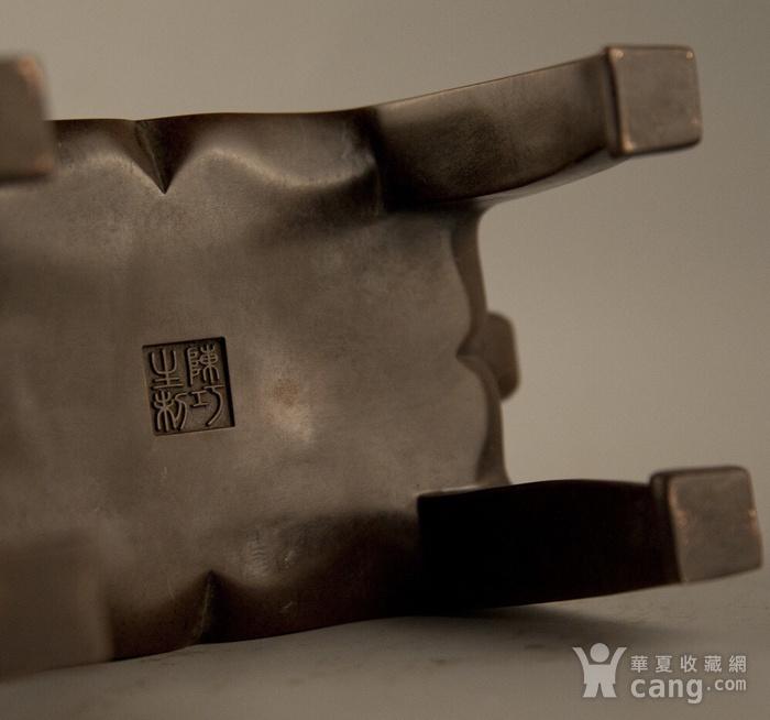 早年珍藏紫铜四足方体鼎炉图6
