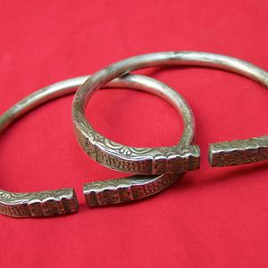 龙纹银镯一对