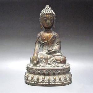 清末铜佛造像