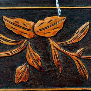 晚清光绪年的红木黄杨木雕