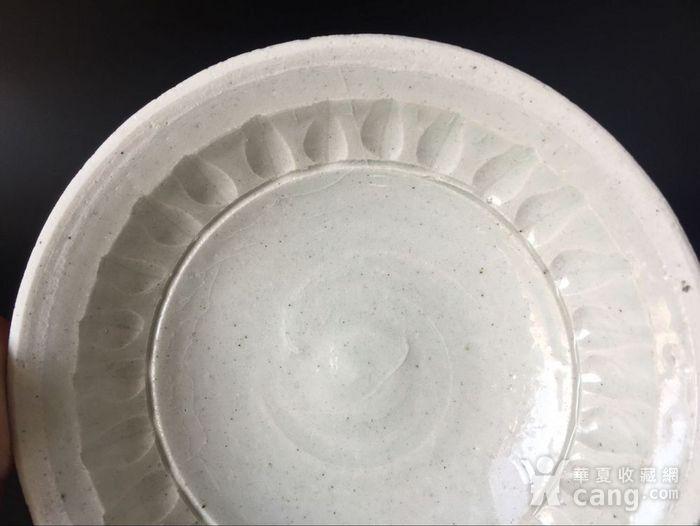 极美品青白釉菊瓣纹洗子图5