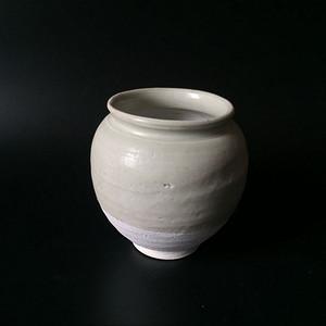 极美品青白釉翻唇茶叶罐