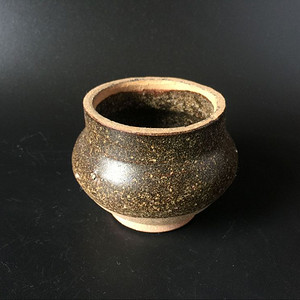 吉州窑长颈褐釉香炉