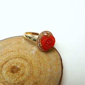 18k冰种珊瑚花开富贵戒指