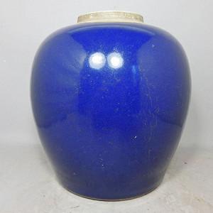 乾隆蓝釉罐